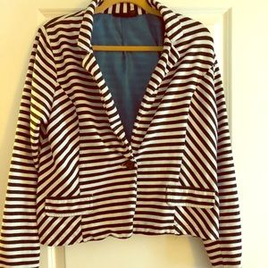 Size XL Pinned Striped Jacket